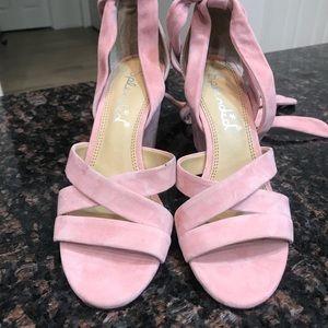 "789121b90f75 Splendid Shoes - NWOT Splendid ""Fergie"" Lace Up Sandal"